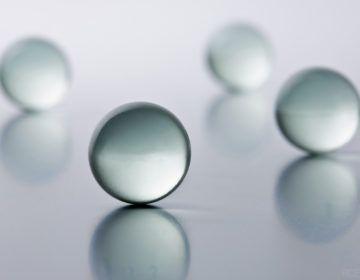 Grinding glass bead